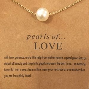Jewelry - 💎SALE💎 gift card necklace 'pearls of... LOVE'